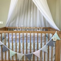 Bandeirinha de Tecido para Quarto de Bebê Patchwork Preto / Rosa / Verde