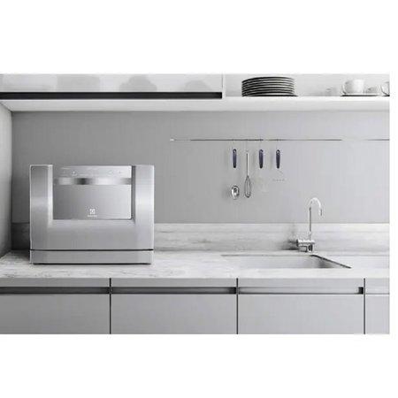 Lava-Louças 6 Serviços Electrolux LE06X