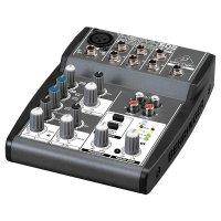 Mixer Mesa de Som Xenyx 502 - Behringer