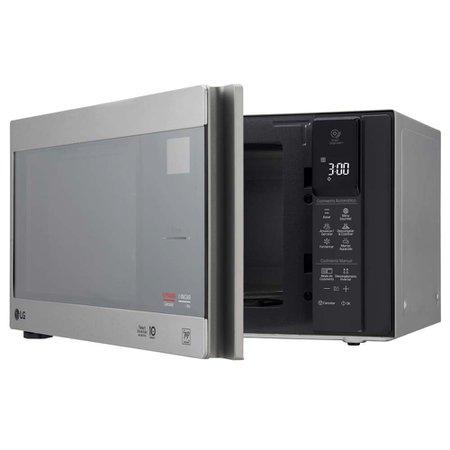 Micro-ondas LG NeoChef, 42 Litros, Smart Inverter - MH8297