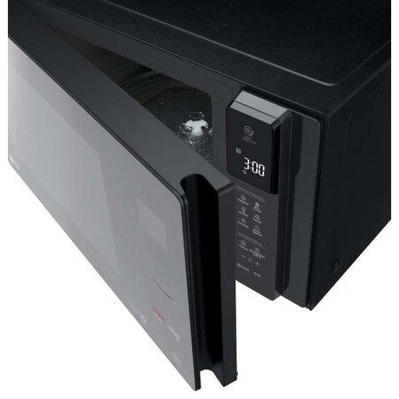 Micro-ondas LG NeoChef, 42 Litros, Smart Inverter, Preto - MS4297